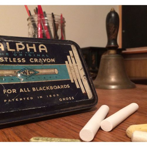 alpha dustless crayon chalk